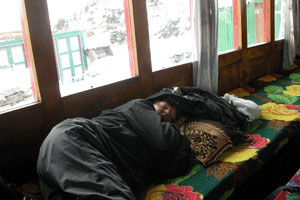 Sleep_himHut_6-04-1567