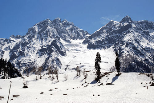 Kashmir_mountains_7-04-2374