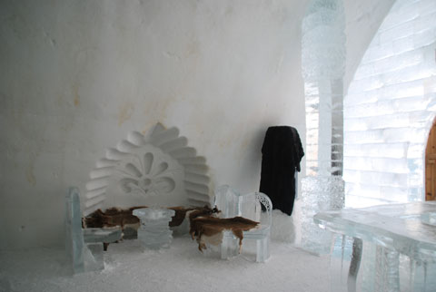 Icehotel8-02-0602