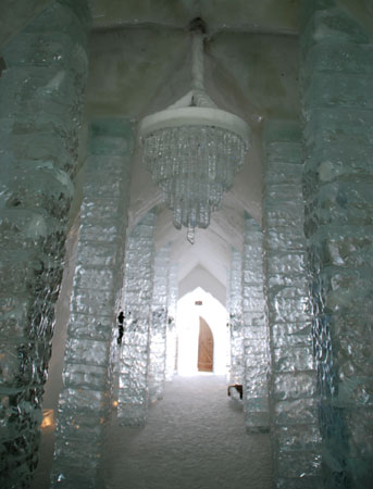 Icehotel8-02-0715