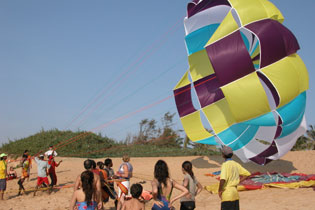 Parasailing in Goa 4068
