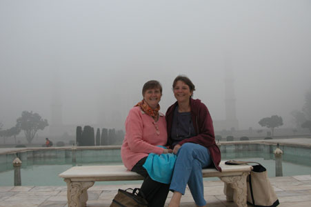 Basia and Donna at Taj Mahal 0038