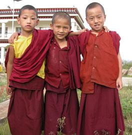 Tibet_3amigos_2583