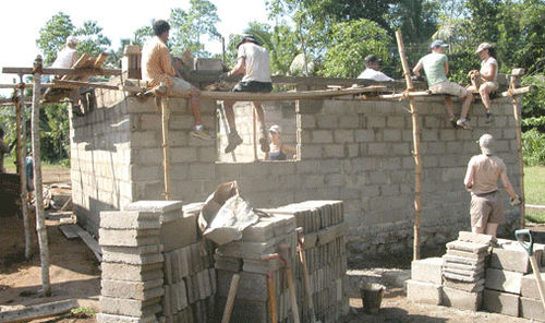 House_wall_2005-04-2102