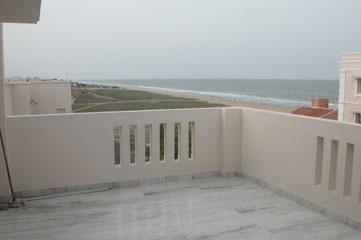 Apt_balcony
