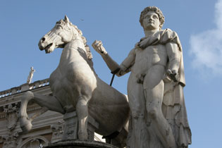 Rome_statue_horse_3605