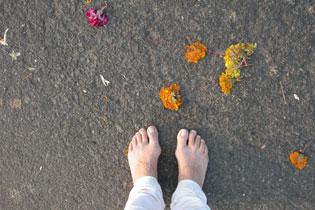 Pilgrimage_feet_2005-0600