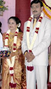 Priya_2005-08-3947