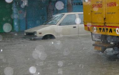 Monsoon_2005-10-5173