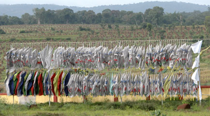 Mysore_prayer_flags_2567