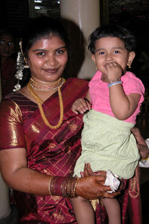 Bride_with_child