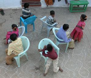 Musicalchairs2p85_2004_0146