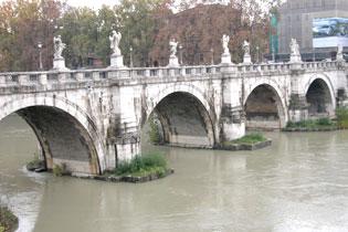 Rome_bridges_3572