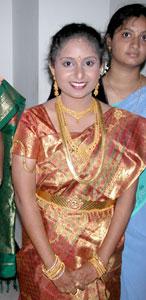 Priya_2005-08-3940