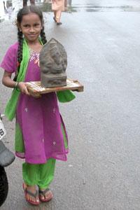 Ganesh_girl_2005-09-4067
