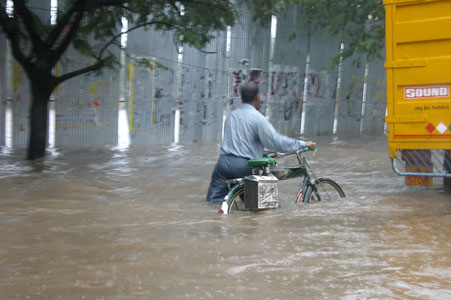 Monsoon_bike_2005-10-5195