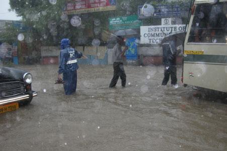 Monsoon_2005-10-5183