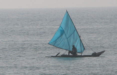 Blue_boat_2004_03_0754