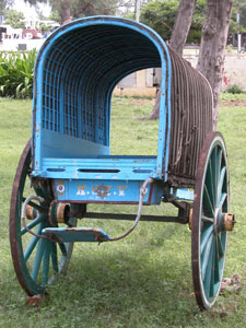 Blue_wagon_2003-00838
