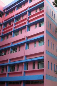 Pink_building_2004-4105