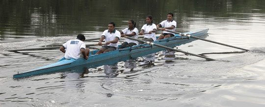 Row_2006-09-4042