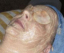 Facial_2006_08_3082