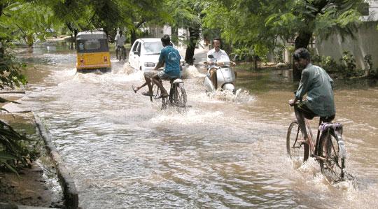 Monsoon_2006-10-5408