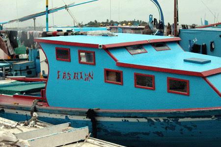 Turq_boat_2005-08-3876