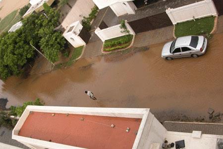 Monsoon_2006-10-5388