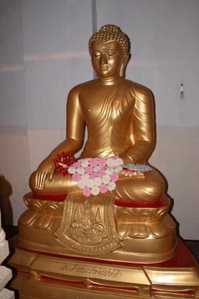 Gold_buddha_2005-04-2670