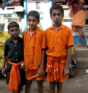 Orange_3boys_H1_2004-3788