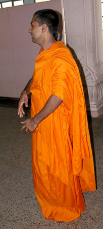 Orange_buddhistmonk_H1p5_20