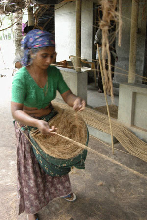 Making coir rope